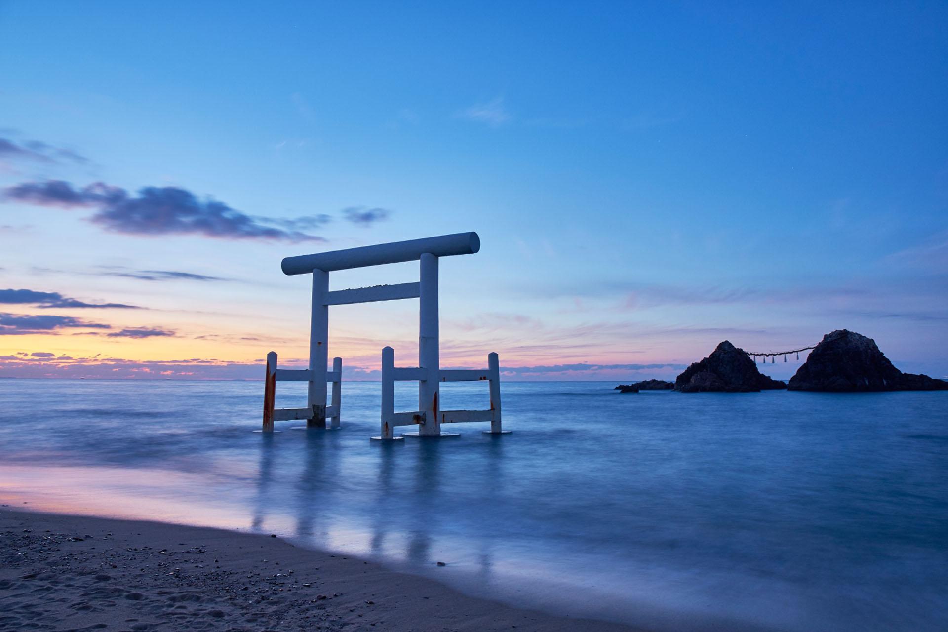 桜井二見ヶ浦の夫婦岩 福岡の風景
