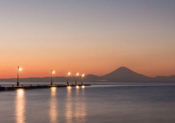原岡桟橋と夕暮れの富士山 房総の風景 千葉の風景