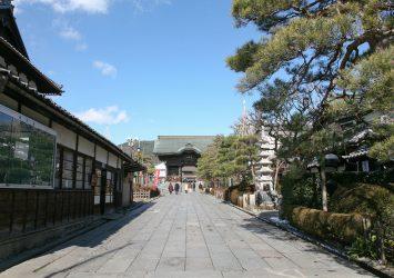 冬の善光寺 長野の風景