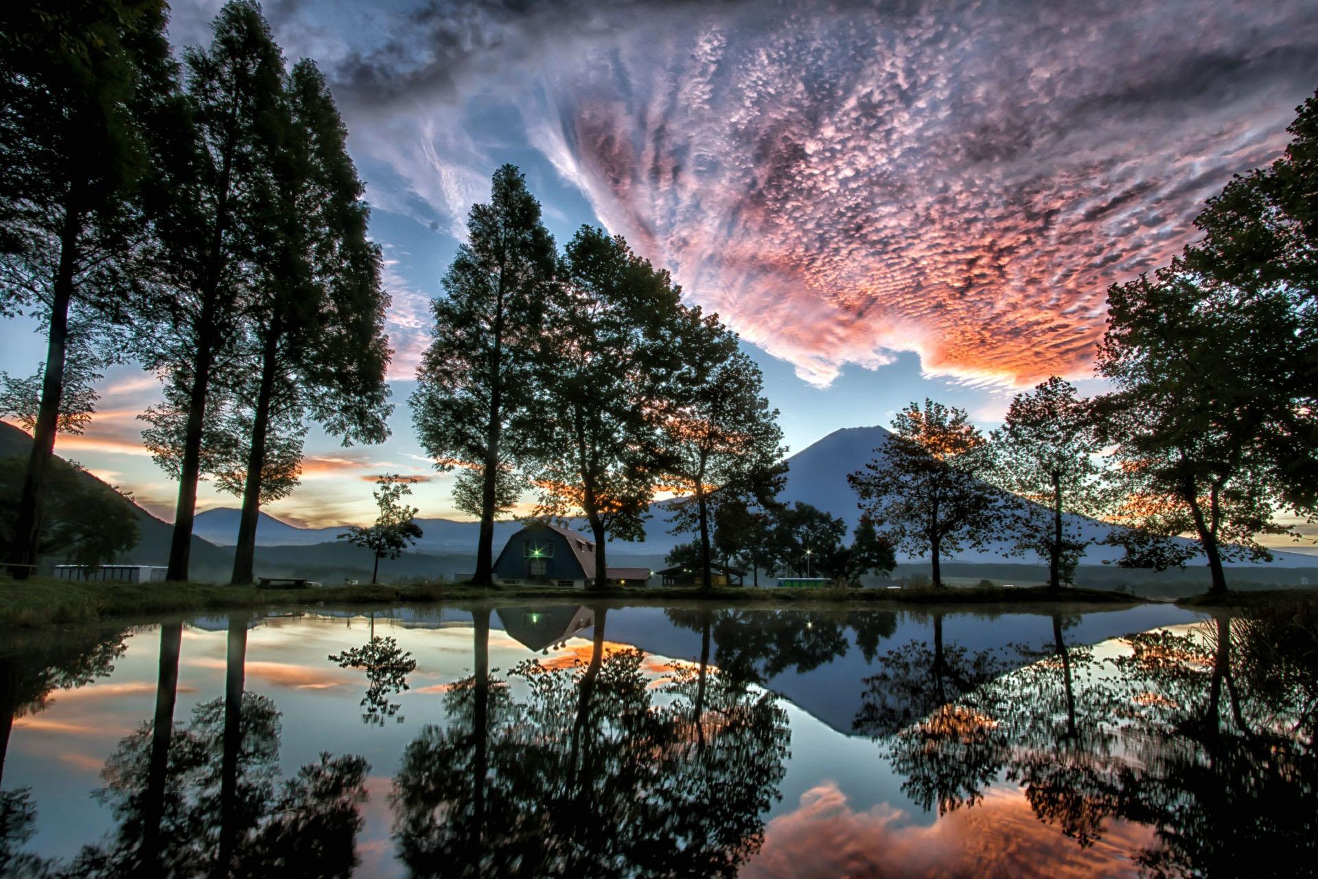 ふもとっぱらの朝焼けの風景 静岡の風景