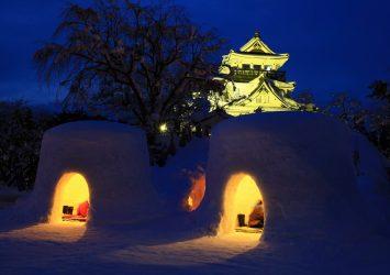 横手城とかまくら 秋田の風景