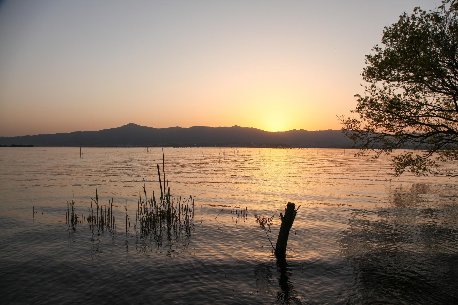 琵琶湖の夕日 滋賀の風景