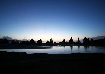 夜明けの橋杭岩 和歌山の風景