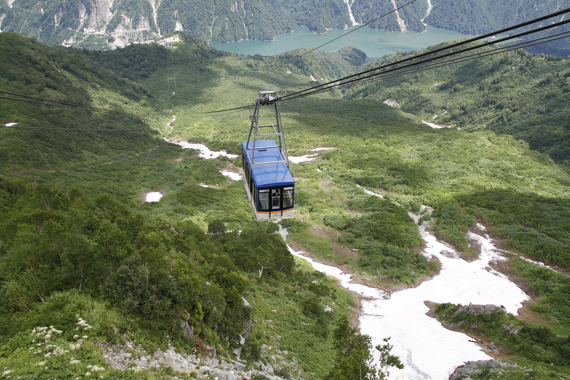 立山ロープウェイ 立山黒部アルペンルート 富山の風景