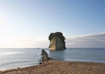 能登半島の風景 見附島 石川の風景