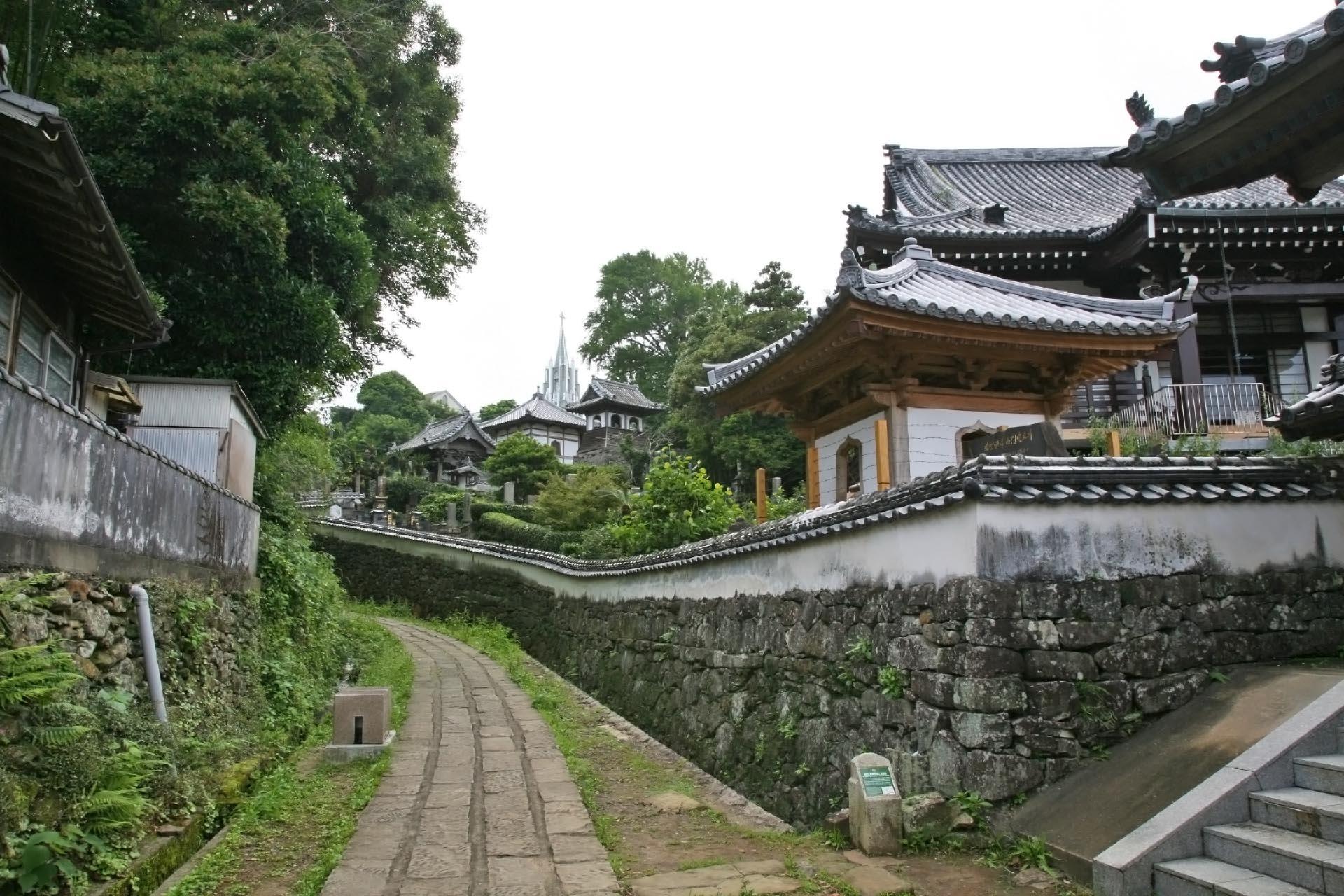 平戸 寺院と教会の見える風景 長崎の風景