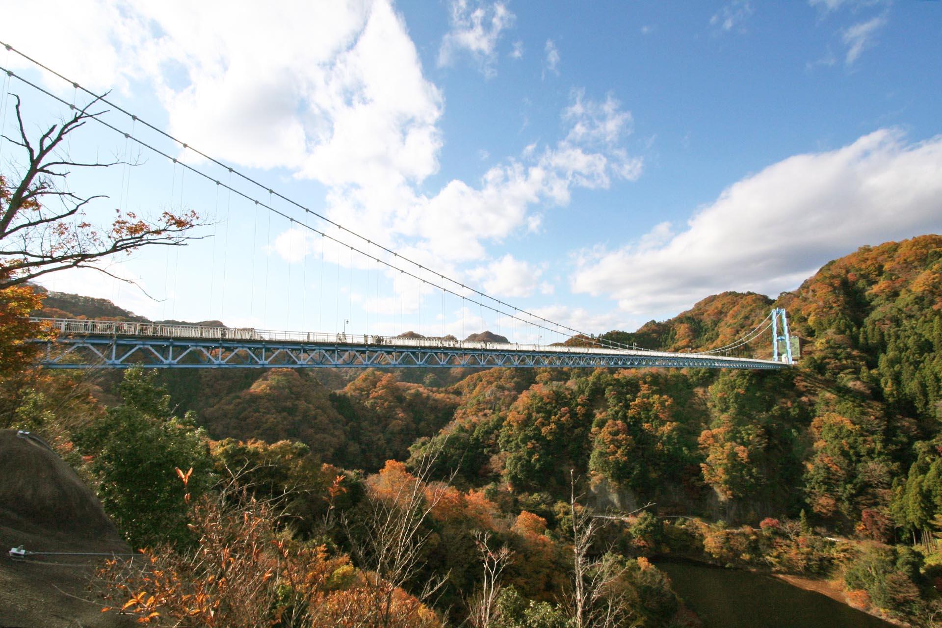 竜神大吊橋と秋の竜神峡 茨城の風景