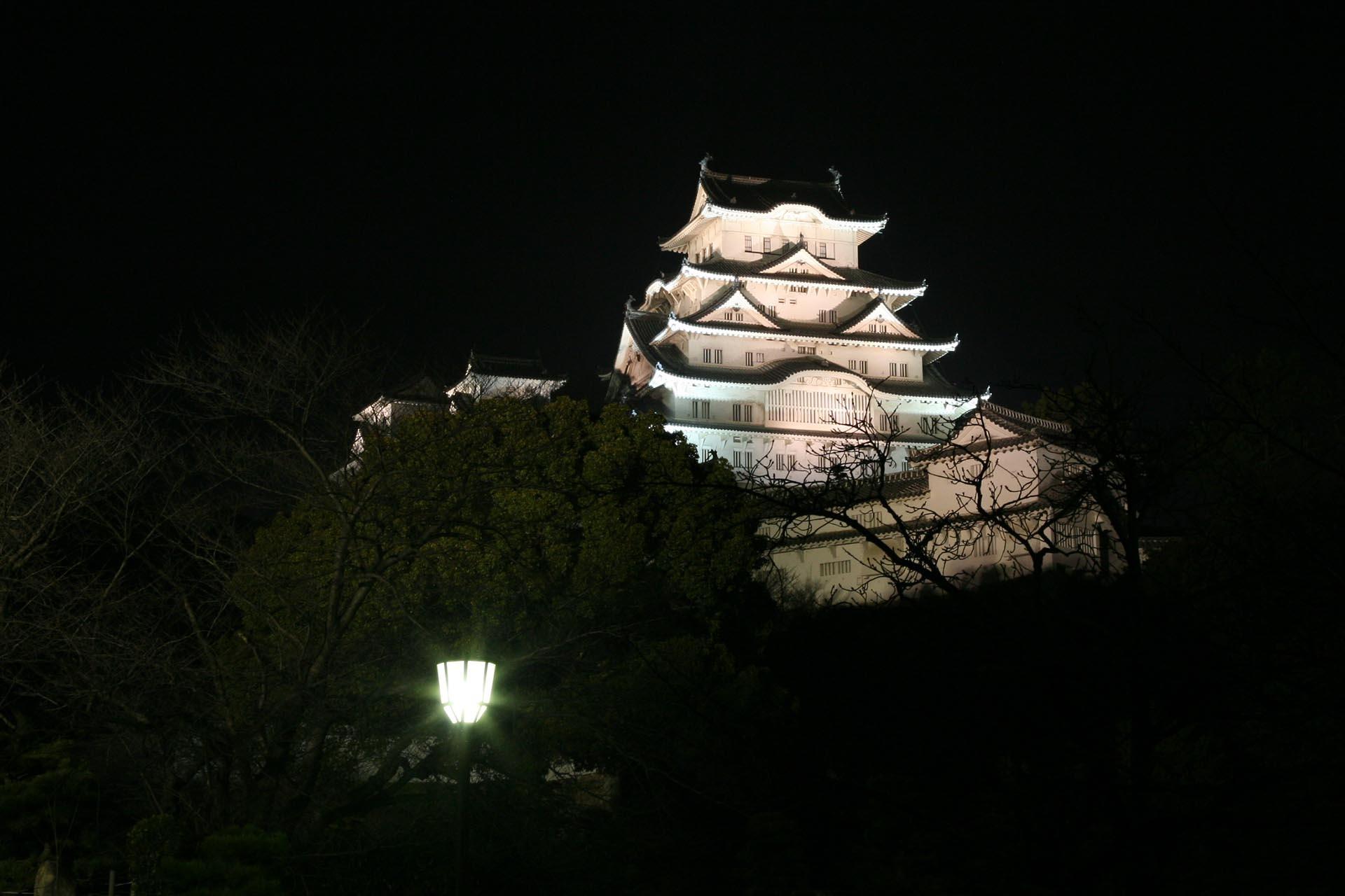 夜の姫路城 兵庫の風景