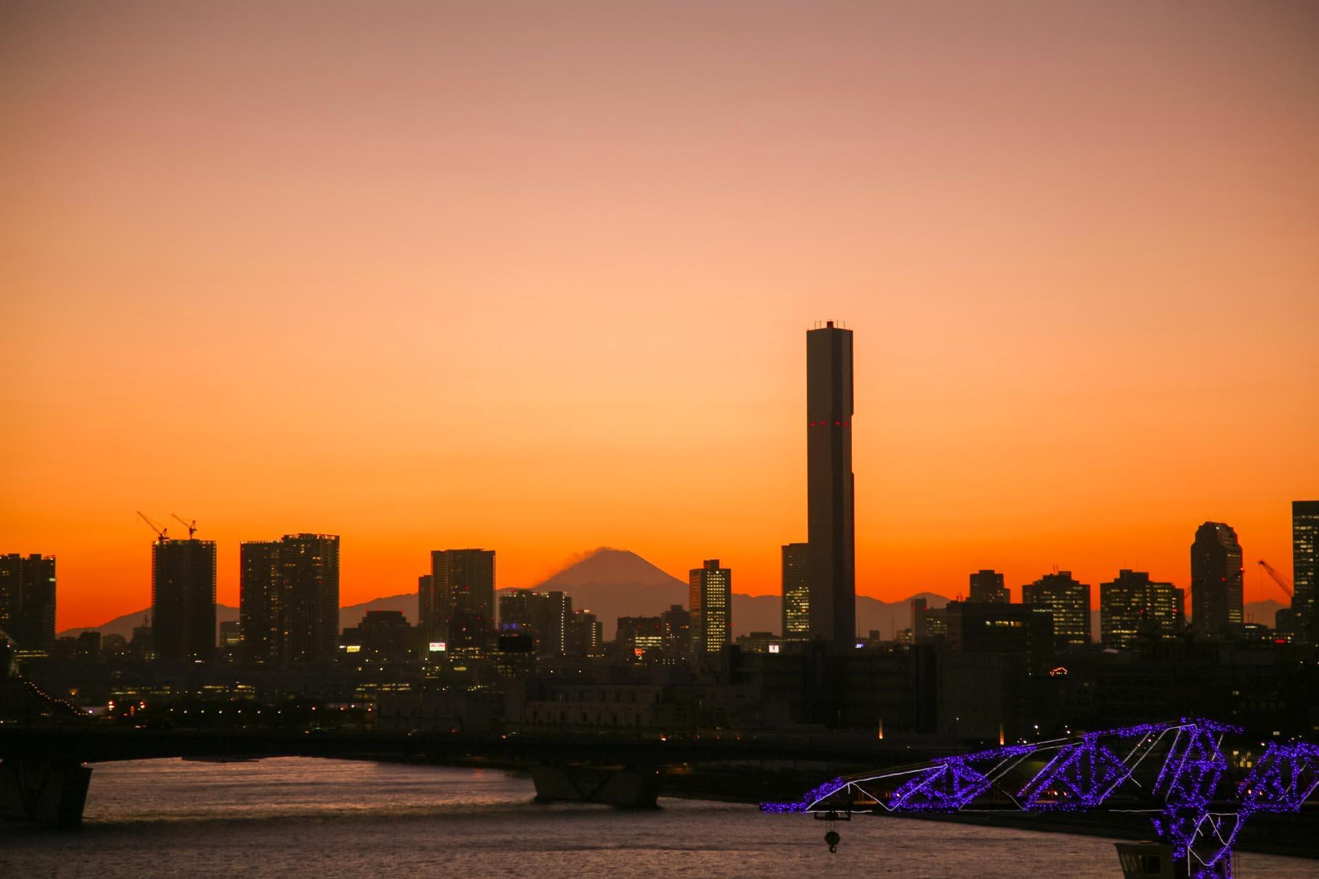 夕焼けの富士山 豊洲 東京の風景