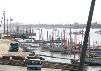 有明海へ注ぐ六角川の河口付近 佐賀の風景