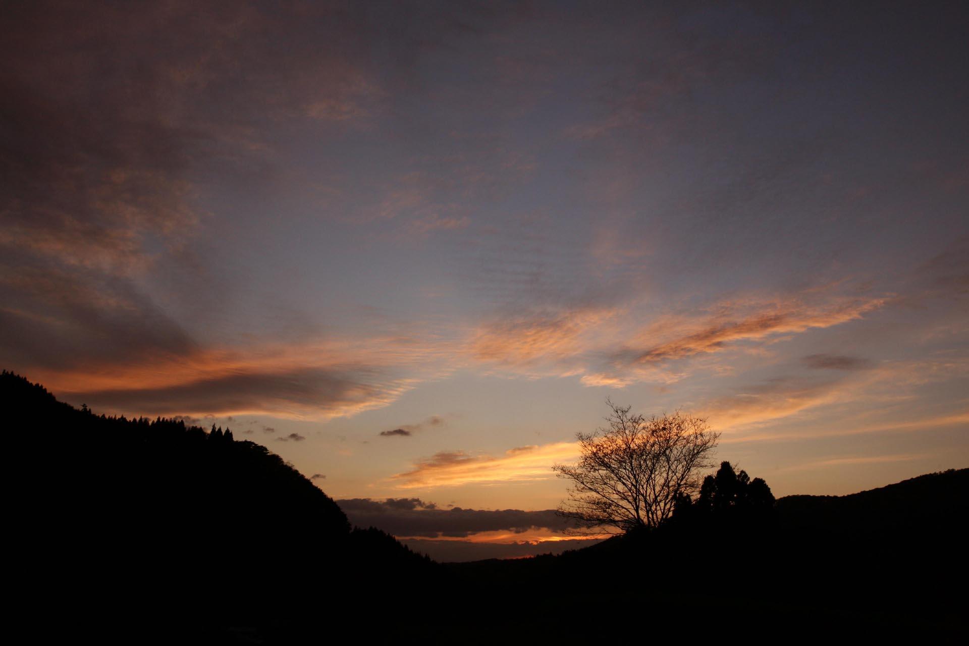 遠野の夕暮れ 岩手の風景