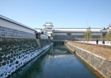 冬の金沢城 石川の風景