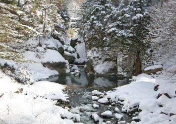 冬の差切峡 長野の風景