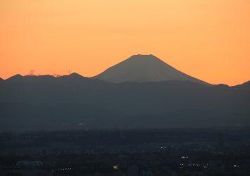 東京・新宿から見る富士山 東京の風景