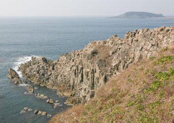 春の東尋坊 福井の風景