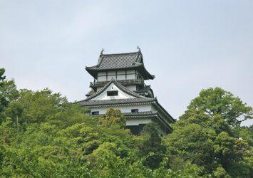 春の犬山城 愛知の風景