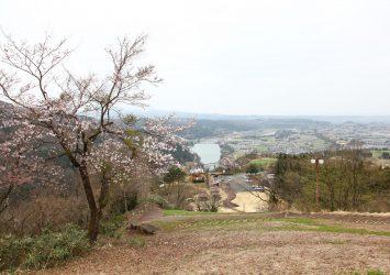 猿倉城跡から見る春の風景 富山の風景