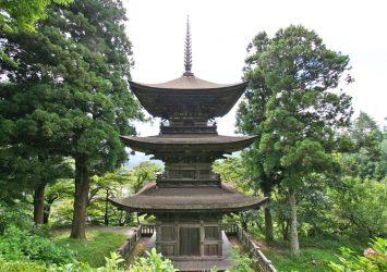 大法寺三重塔 長野の風景