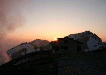 夕暮れの立山 富山の風景