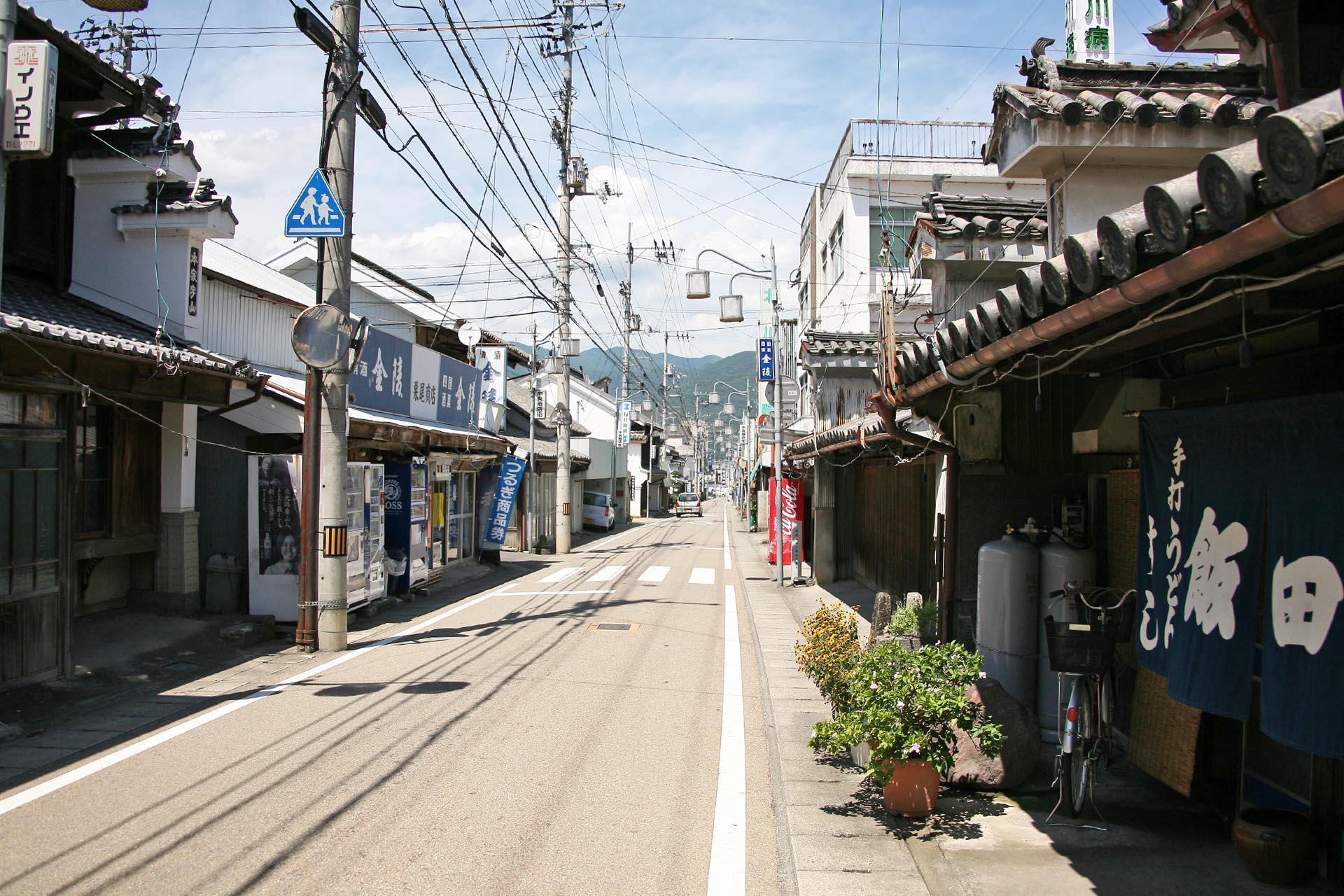 二層うだつの町並み 徳島の風景