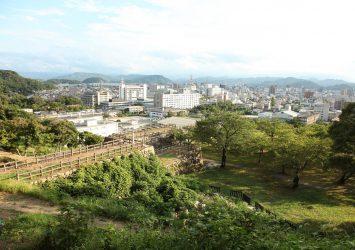 鳥取城跡から見る鳥取の町並み 鳥取の風景
