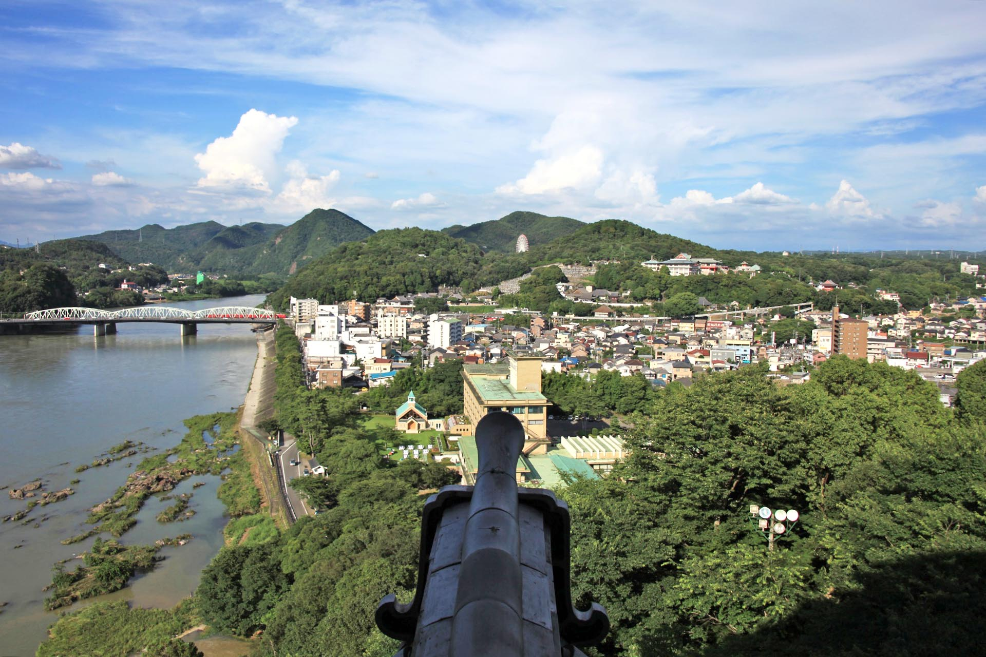 夏の犬山城から見る風景 愛知の風景